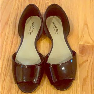 Kenneth Cole reaction black flats 7.5